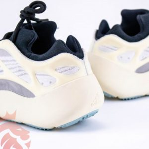"Real Vs Fake: adidas Yeezy 700 V3 ""Azael"""
