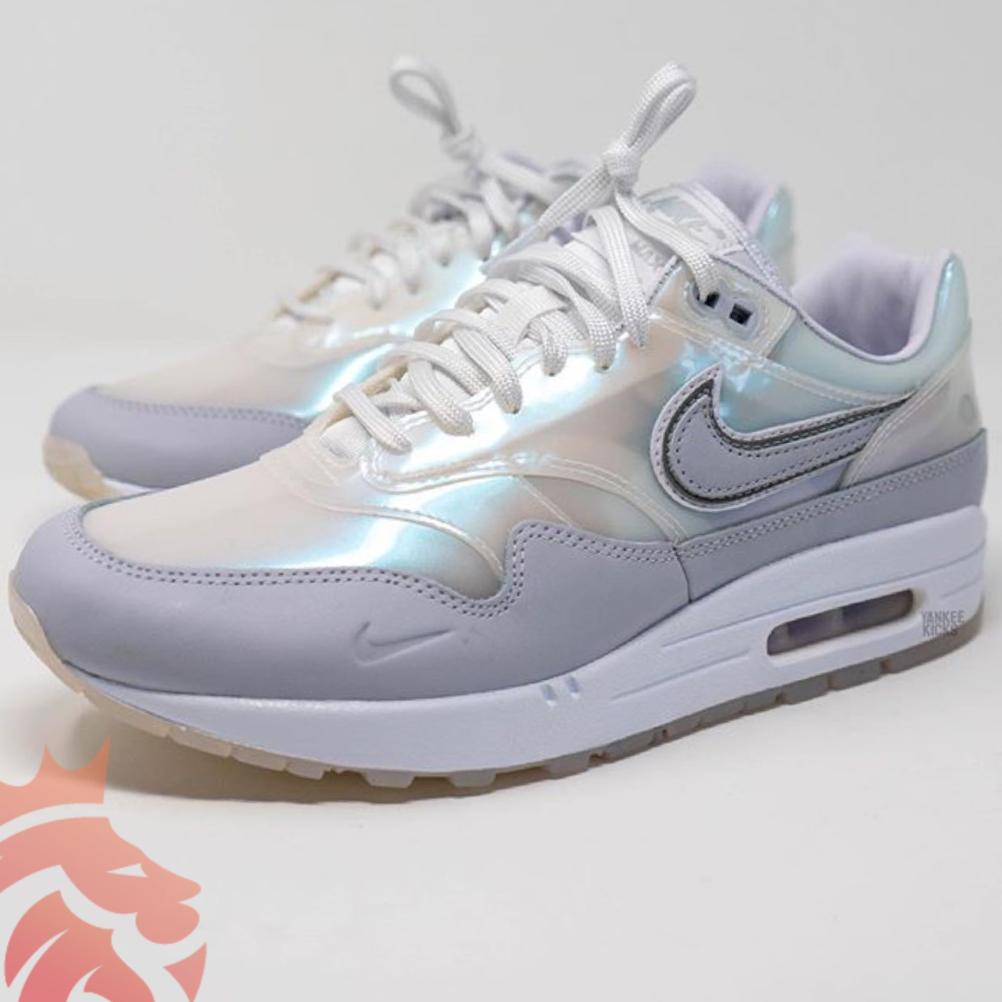 WMNS Nike Air Max 1 SNKRS Day DA4300-100 White/Clear-Grey