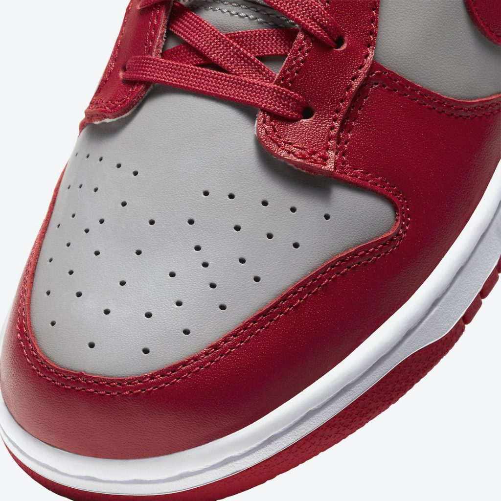 Dunk Low DD1391-002 Soft Grey/University Red-White