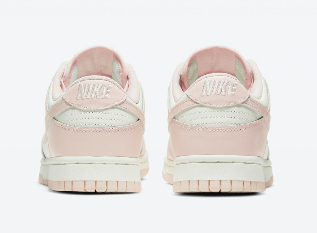 Women Exclusive Dunk Coming Mid March